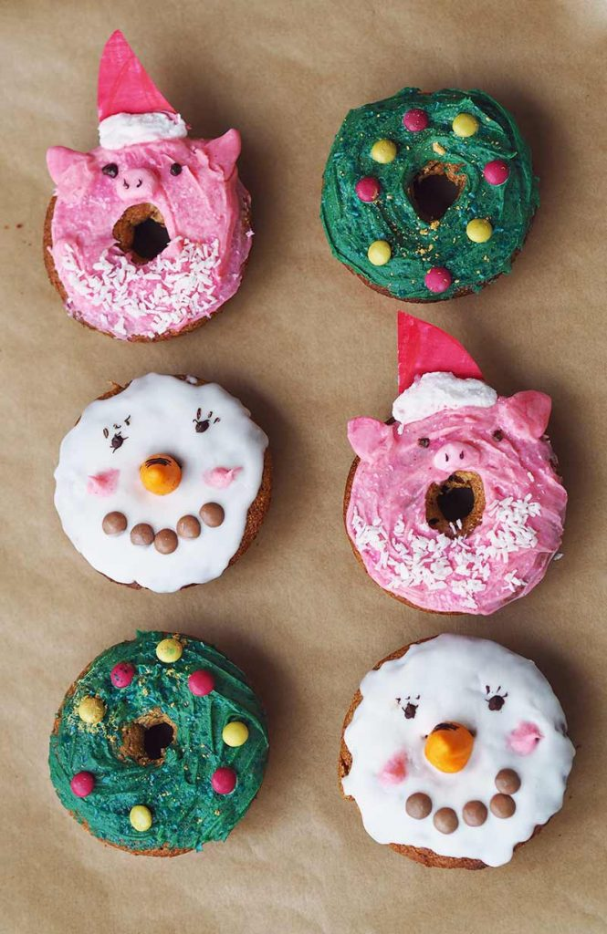 oKuneCoco • Leckere Apfel-Zimt-Donuts mit Weihnachtsmotiven • Schneemann, Tannenbaum, Weihnachtsschwein