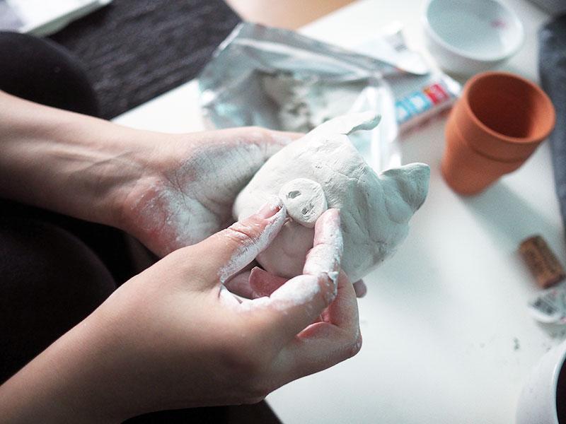 KuneCoco • DIY • Schweine-Blumentopf aus lufttrocknender Modelliermasse