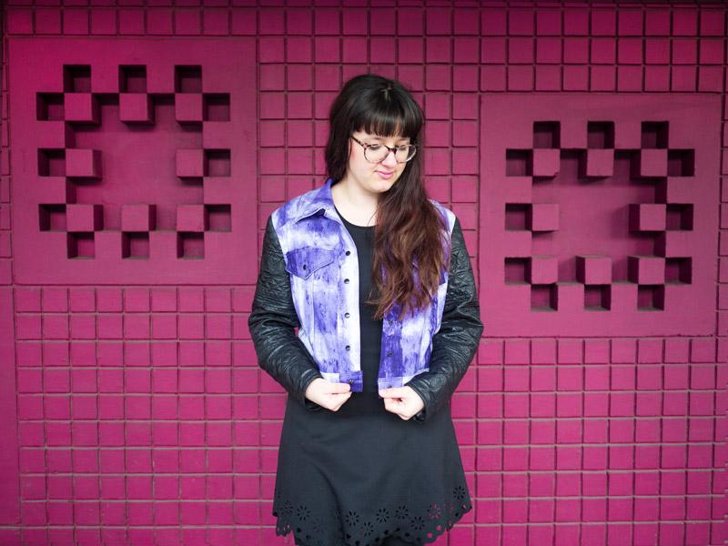 Selbstgenähte Jeansjacke in Pantone Trendfarbe 2018